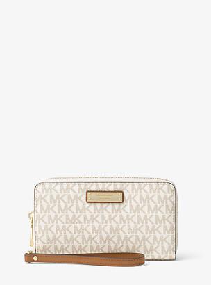 552958314557 Michael Kors White Tech Accessories For Women - ShopStyle UK