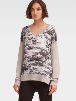 DKNY Serpentine Print V-Neck Pullover