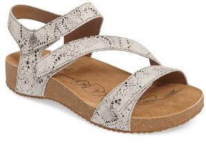 Women's Josef Seibel 'Tonga' Leather Sandal $124.95 thestylecure.com