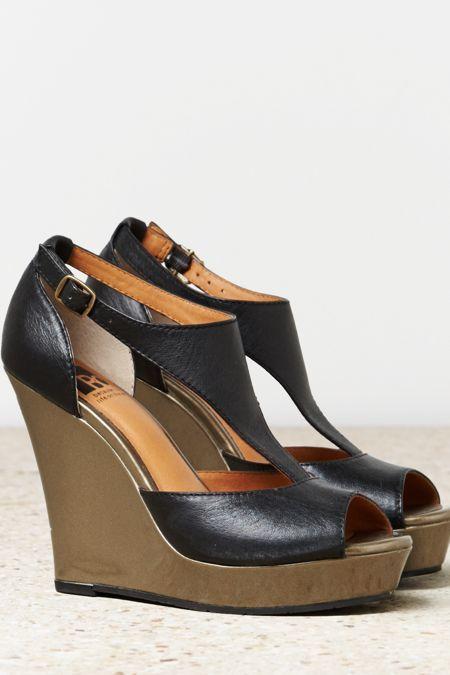 BC Black Footwear Lickety Split Wedge, Womens 6 1/2