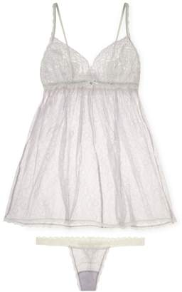 Hanky Panky Women's Dauphine Babydoll and G-String Set