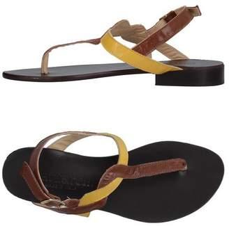 FOOTWEAR - Toe post sandals Cantarelli 9lObyBtrb