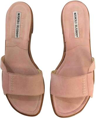 Manolo Blahnik Pink Suede Sandals
