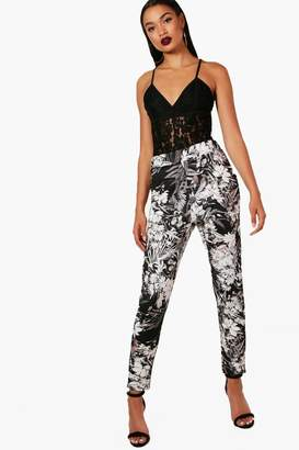 boohoo Giana Floral Skinny Stretch Trousers