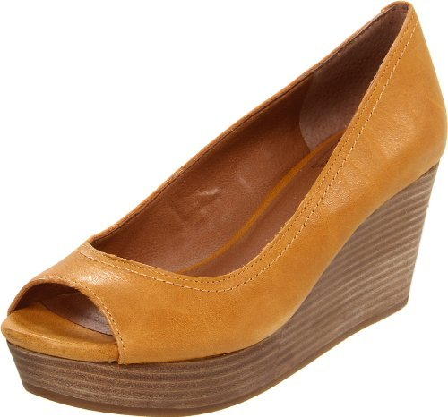 Lucky Brand Lucky Women's Issy2 Wedge Pump