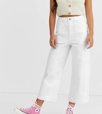 Vero Moda Petite cropped wide leg jean with pocket detail