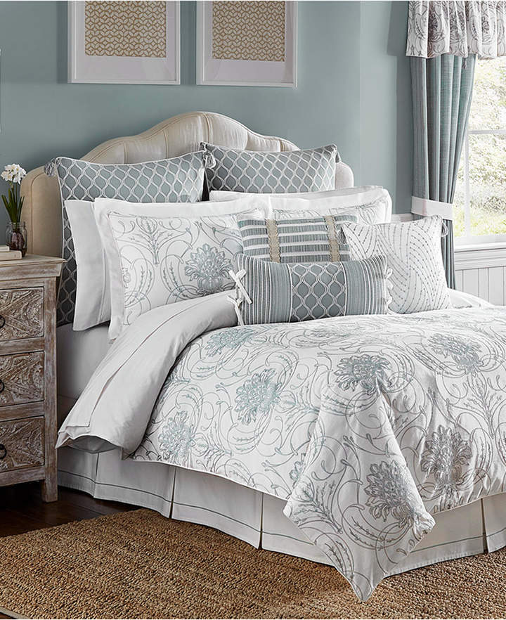 Eleyana 4-Pc. King Comforter Set Bedding