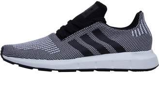 Mens Swift Run Trainers Core Black/Core Black/Footwear White