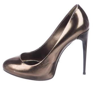 18b0526e3be Gucci Metallic Leather Pumps - ShopStyle