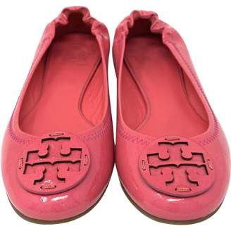 Tory Burch Pink Patent leather Ballet flats