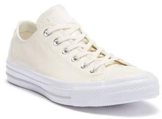 Converse Chuck Taylor All Star Oxford Sneaker (Women)