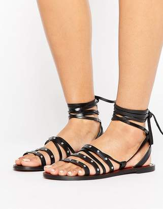 Pull&Bear Stud Detail Leather Sandals