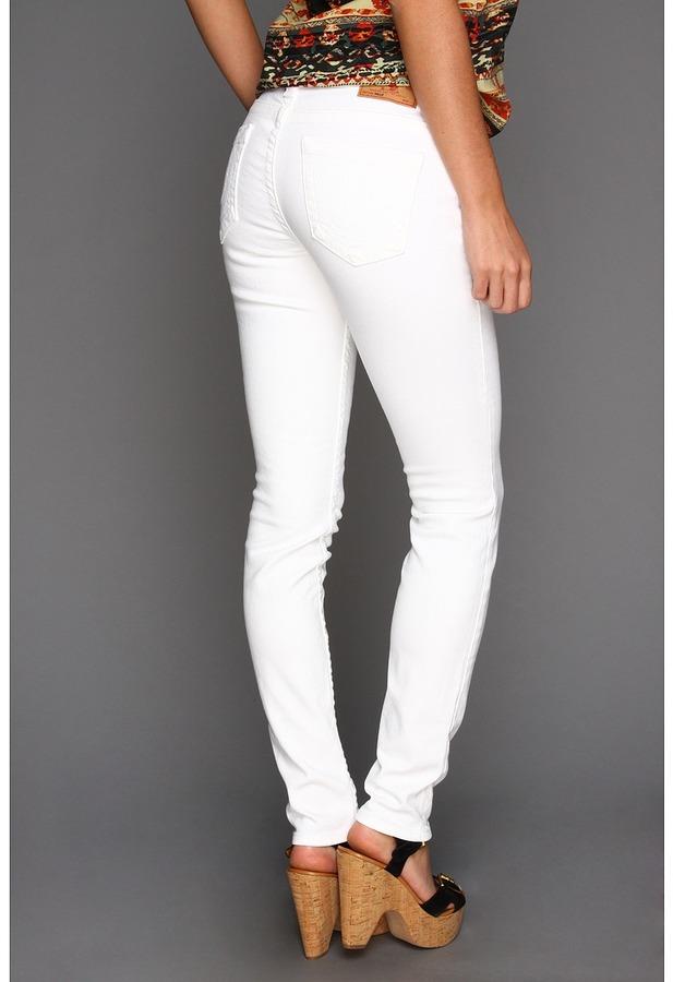 True Religion Halle Higher Rise Super Skinny Legging in Optic White (Optic White) - Apparel
