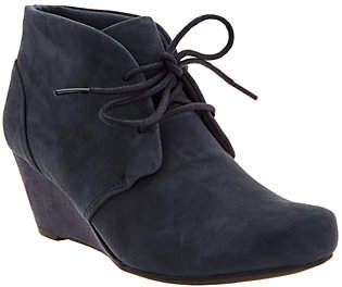 Clarks Suede Lace-up Wedge Ankle Boots - FloresRose