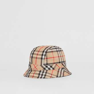 b6efee60b42 Burberry Vintage Check Bucket Hat