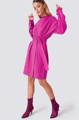 Na Kd Trend Tied Waist Oversize Dress