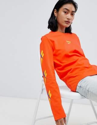 Reebok Long Sleeve T-Shirt With Vector Logo Sleeves