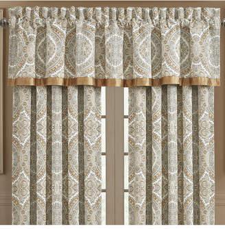J Queen New York J Queen Sorrento Window Straight Valance Bedding