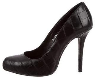 Giambattista Valli Embossed Leather Pumps