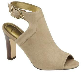 Johnston & Murphy Cassie Peep Toe Sandal