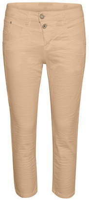 Cream Milus Shape-Fit Quarter Pants