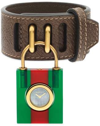Gucci Constance 30x34 mm
