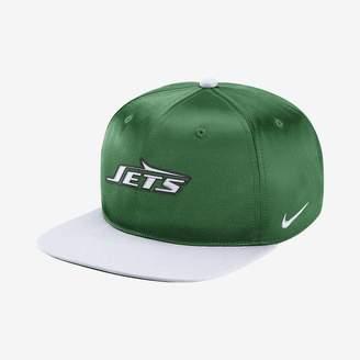 Nike Pro Historic (NFL Jets) Adjustable Hat