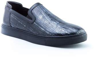 Badgley Mischka Bogart Sneaker