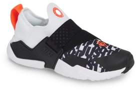 Nike Hurache Extreme Print Sneaker