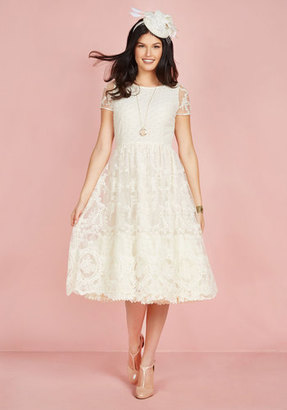 Bliss Way Up Midi Dress in Ivory in XXS $74.99 thestylecure.com