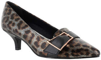 Easy Street Shoes Womens Exquisite Pumps Pointed Toe Kitten Heel