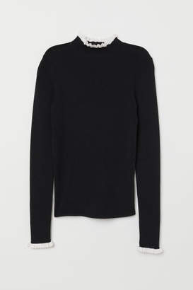 H&M Sweater with Stand-up Collar - Black