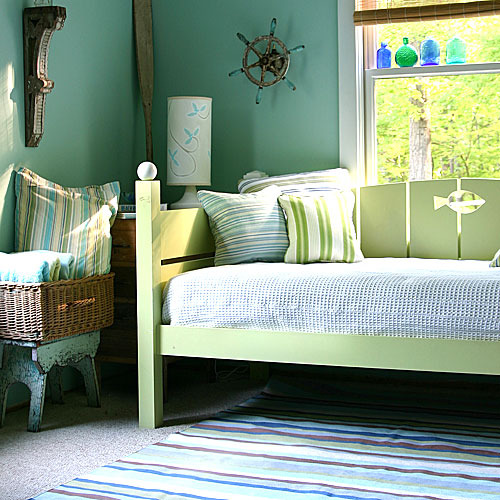 Fence Daybed