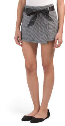 Juniors Houndstooth Belted Ponte Skirt