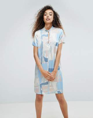 MBYM Printed Silky Printed Dress