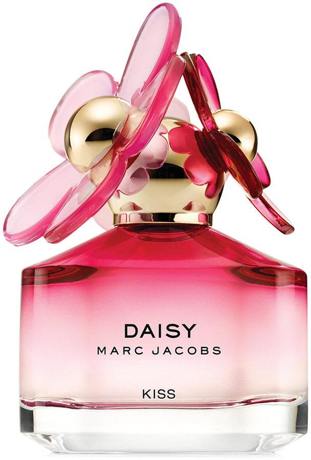 Marc JacobsMarc Jacobs Daisy Kiss Eau de Toilette Spray, 1.7 oz