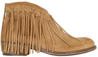 Momino Fringed Suede Ankle Boots