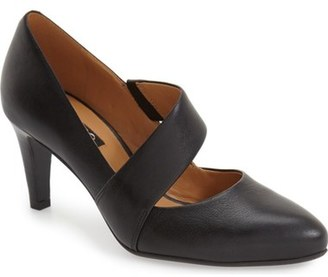 ECCO 'Alicante' Pointy Toe Pump (Women) $169.95 thestylecure.com
