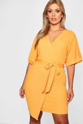 boohoo Plus Crepe Kimono Sleeve Wrap Midi Dress