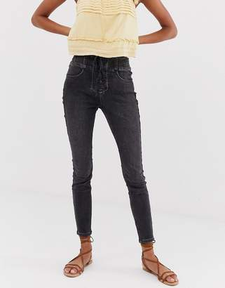 6119719d479 Free People Curvy Lovers lace up skinny jeans