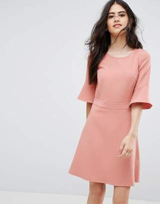 Vila Fluted Sleeve Dress