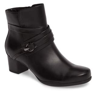 Clarks R) Rosalyn Page Bootie