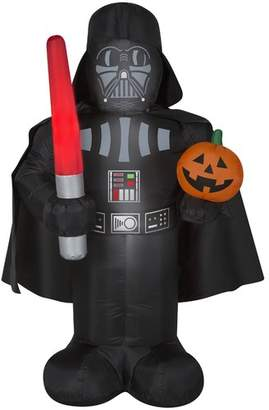 Star Wars The Holiday Aisle Darth Vader Inflatable with Pumpkin and Light Saber MD