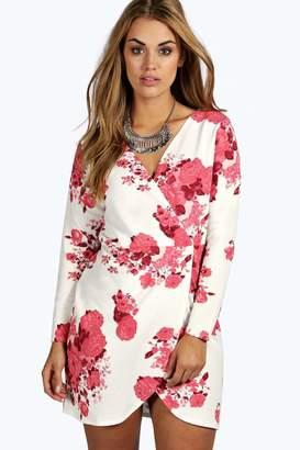 boohoo Plus Printed Wrap Front Dress