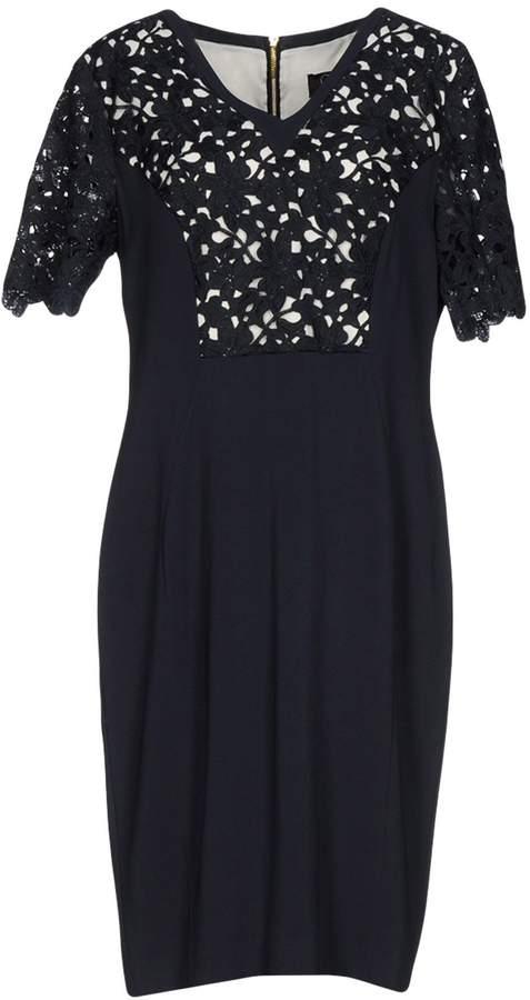 Clips Knee-length dresses - Item 34739099