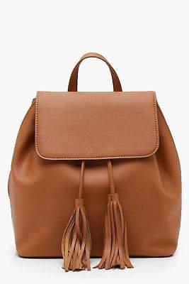 boohoo Womens Mia Tassel PU Flap Rucksack in Tan size One Size