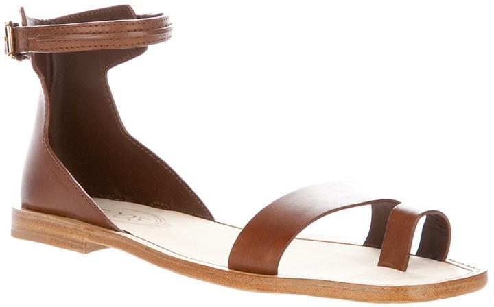 Tod's flat sandal