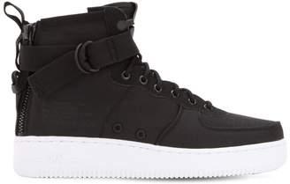 Nike Force 1 Sf Mid Top Sneakers