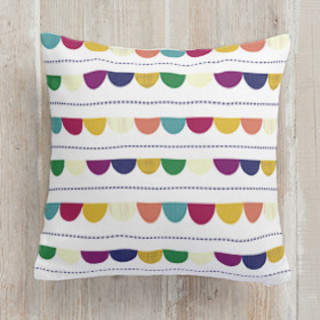 Happy Half Dot Self-Launch Square Pillows