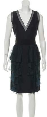 Giambattista Valli Sleevless V-Neck Dress Black Sleevless V-Neck Dress